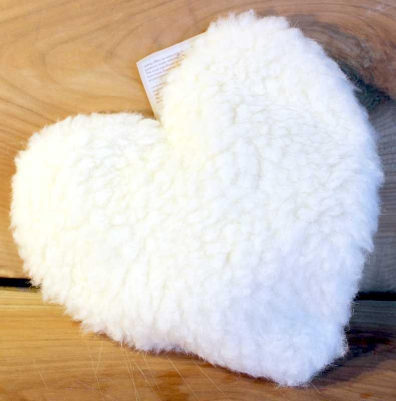 Das wärmende Herz aus Schafwolle